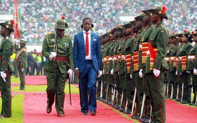 Presidente de Zambia comparte versos bíblicos diarios en sus redes sociales