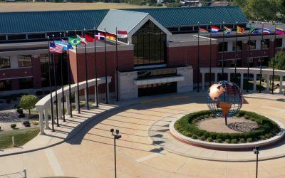 Ministerio donará miles de Biblias y material evangelístico a inmigrantes en Texas